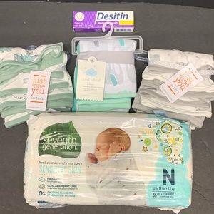 20 PC Baby Shower Gift Set Diapers Washcloths NWT